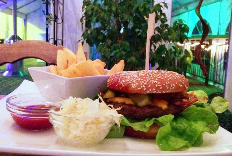 Burger Essen beim Gerber